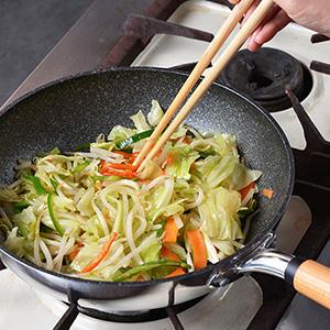 センレンキャストプロで野菜炒め